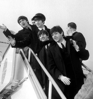 beattles-arrive-1964